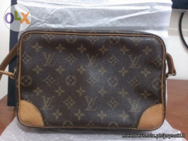 Authentic louis Vuitton Trocadero Gm